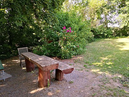 Rohrbacher Grillhütte Picknickplatz ganz
