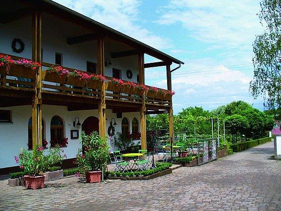 Gästehaus-Weingut-Weinstube Knauf