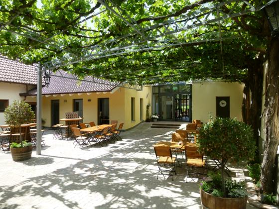 Innenhof und Eingang