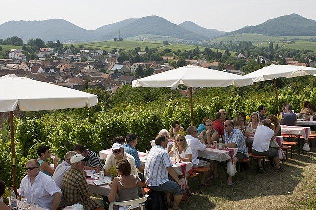 Weinfest mit einmaligem Ausblick